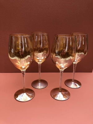 4 Amber Twist Wine Glasses Image